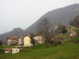2018-04-08 Pizzo Cerro e Castel Regina 003