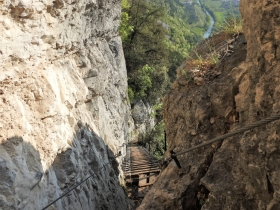 2018-04-22 sentiero degli Scaloni Dro Ceniga (123)