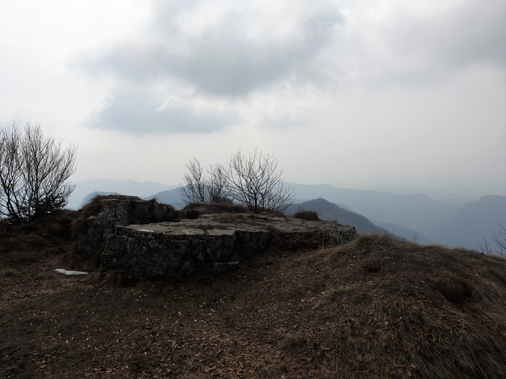 2018-04-08 Pizzo Cerro e Castel Regina 038