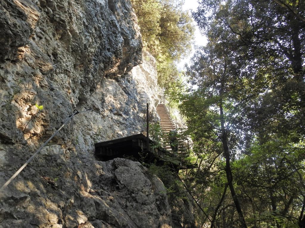 2018-04-22 sentiero degli Scaloni Dro Ceniga (119)