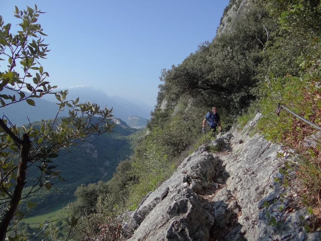 2018-04-22 sentiero degli Scaloni Dro Ceniga (137)