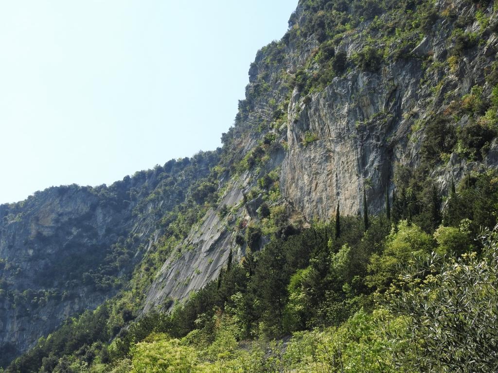 2018-04-22 sentiero degli Scaloni Dro Ceniga (185)